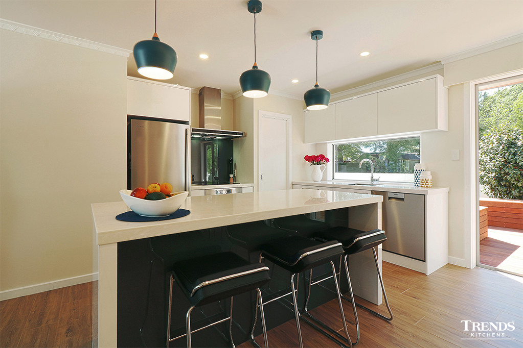 Gallery trends kitchens for Kitchen designs photo gallery nz